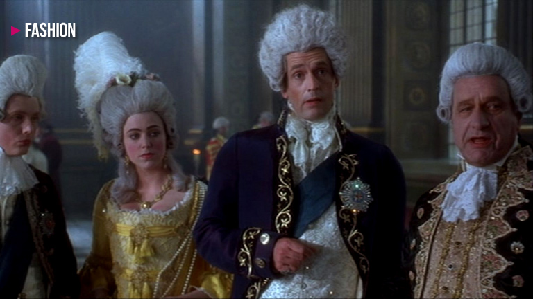 powdered wigs in the 18th century