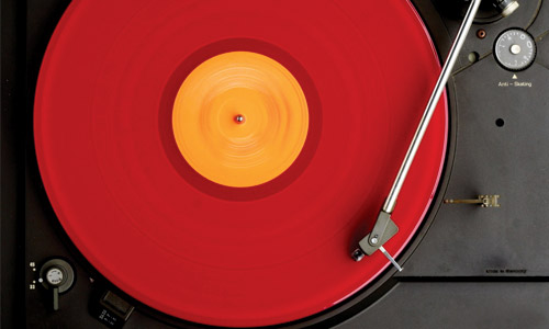 Streaming-and-Vinyl-Kept-the-British-Music-Industry-Going-in-2015--entertainment
