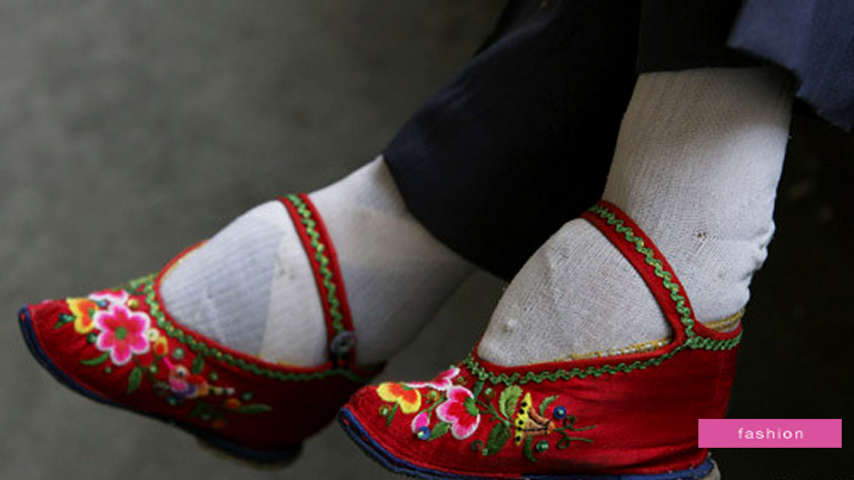 Footbinding fashion that killed people