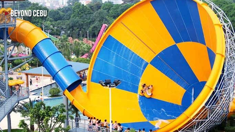 largest waterslide in the Philippines