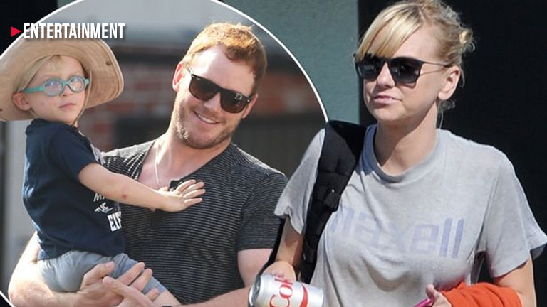 Is Anna Faris engaged?